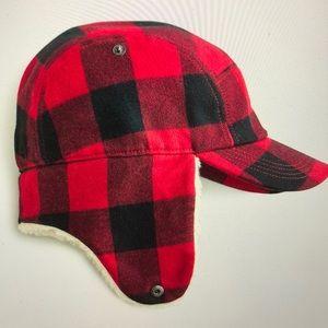 Sherpa lined cap w ear flaps NWT